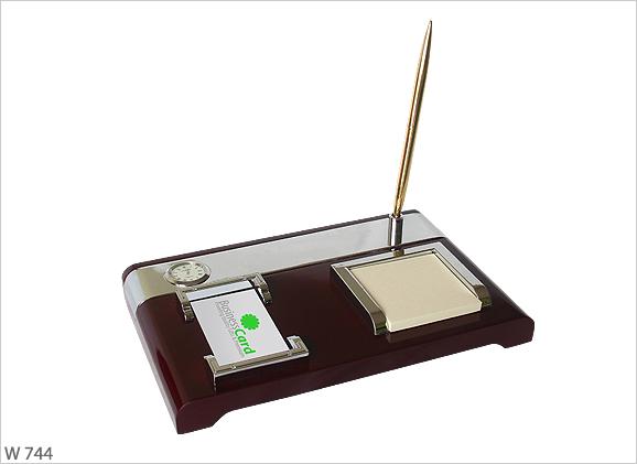 Wooden 4 in 1 Desktop Set W744