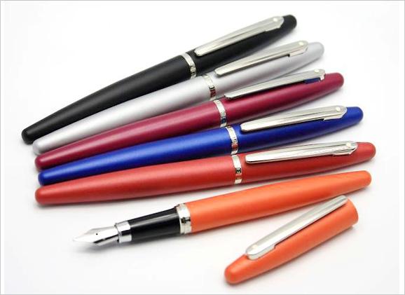 Sheaffer-VFM-Fountain-Pen-Display